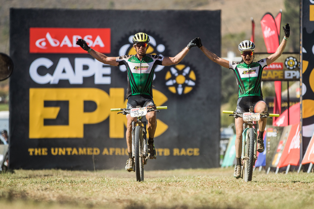 Rissveds and Friscknecht extend lead